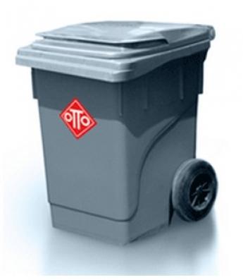 Senior Plastic Trash