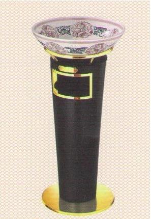 Thùng rác Inox có gạt tàn màu đen