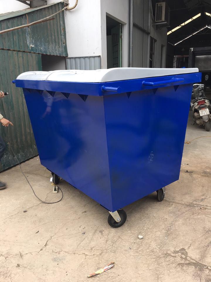 Thùng rác công nghiệp 2YARD