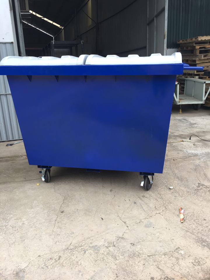 Thùng rác công nghiệp có thể tương tích với tất cả các loại xe cẩu rác tại Việt Nam